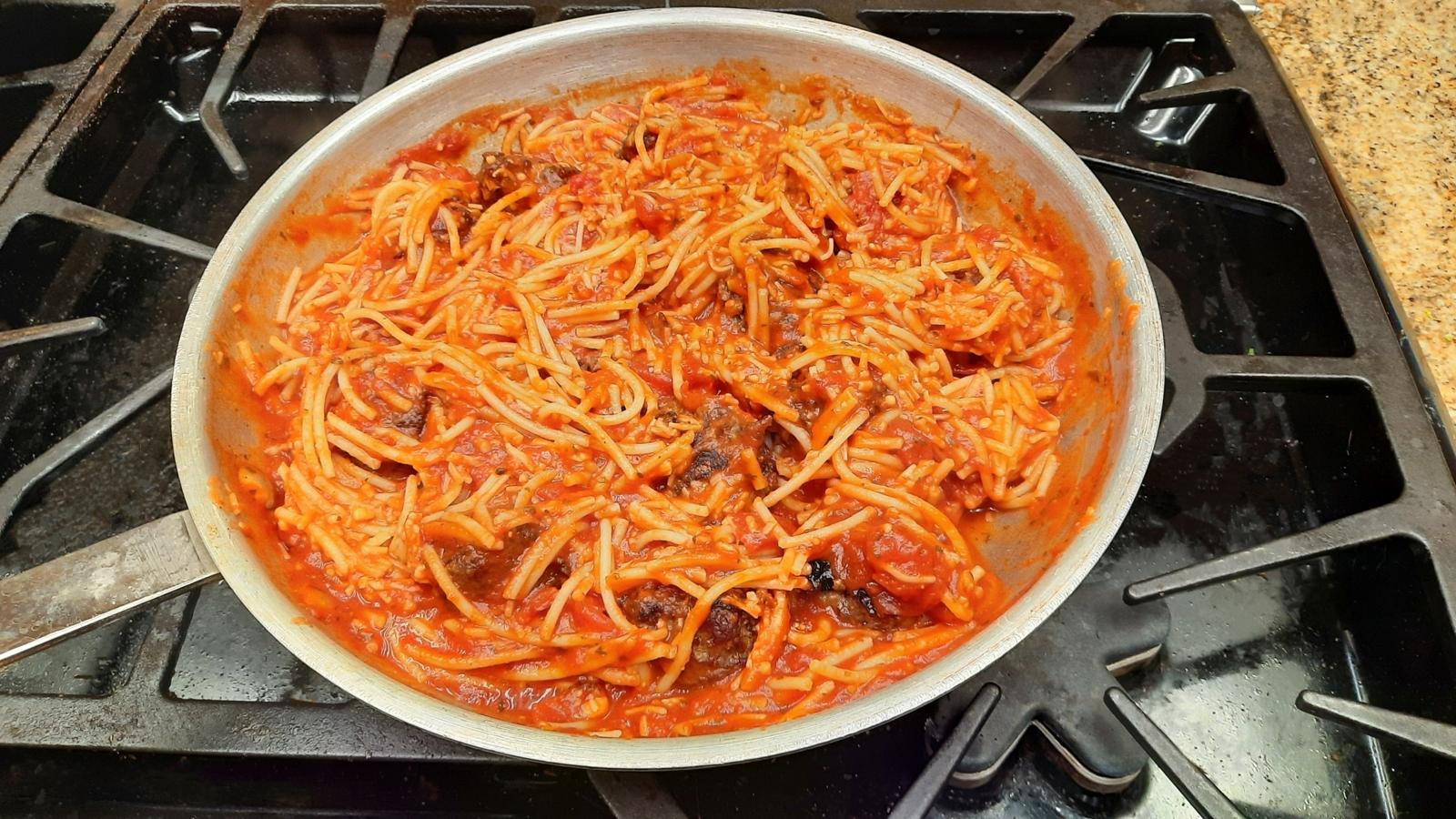 Sauce Pan with Spaghetti and Meatballs